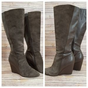 Charles by Charles David 8.5 Brown Wedge Boots